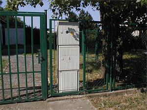 Betonový elektroměrový pilíř